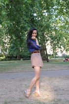 blue H&M shirt - brown Queens Wardrobe shorts - brown Vintage YSL belt - beige M