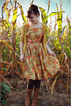 light orange floral vintage dress - bronze oxford modcloth boots