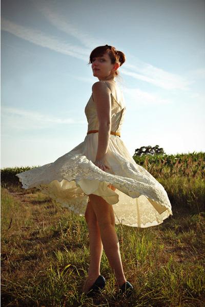 ivory vintage dress - mustard Forever 21 belt - teal Payless wedges