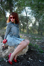 blue Complices jacket - blue H&M skirt - red Minelli shoes - red Newlook purse -
