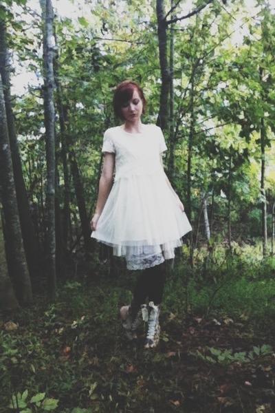 ivory lace mesh TJ Maxx dress - tan Poetic License boots