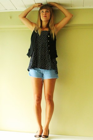 polkadot DIY top - corduroy Hurley shorts - 90s wool Retro vest