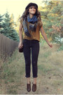 Dark-brown-vintage-stetson-hat-navy-knitted-scarf-mustard-top