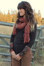 Maroon-scarf-brown-free-people-pants-black-free-people-top