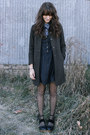 Black-dress-blue-blouse-black-free-people-clogs