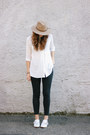 Dark-gray-madewell-jeans-camel-hat-white-blouse