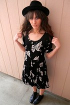 black butterfly vintage dress - black Forever 21 hat