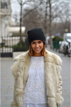 Zara coat - Vans hat - Zara top