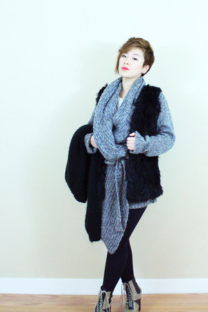 Matiko boots - faux fur flats - knit cardigan