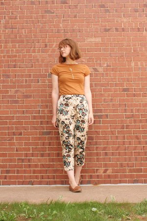 floral cropped thrifted pants - Old Navy loafers - Smart Set t-shirt