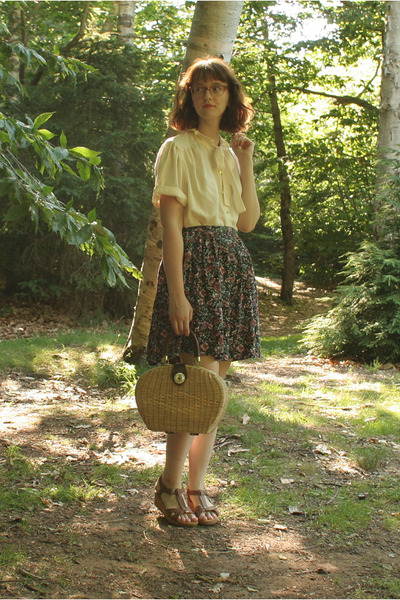 wicker vintage bag - floral thrifted skirt - cream bow vintage blouse