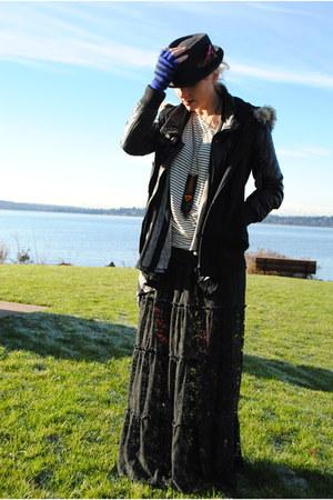 black Zara jacket - brick red f21 leggings - white f21 shirt - charcoal gray  ca