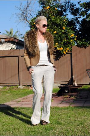 white f21 shirt - brown thrifted blazer - white f21 pants - brown H&M scarf