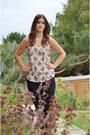 Black-skinny-jeans-gap-jeans-neutral-floral-oasis-top