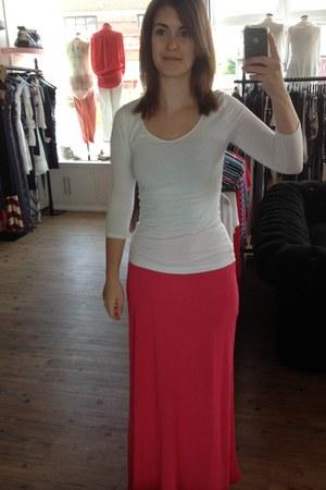 hot pink Handwritten skirt - white H&M top