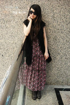 bubble gum maxi vintage dress - brown vintage boots