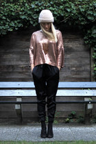 bronze Zara sweater - knitted 2nd Hand hat - silk Zara pants