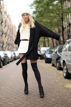 black Wolfort stockings - forest green black Zara coat