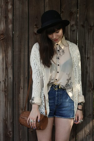 denim shorts - off white holey cardigan