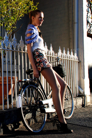 Pinclove blouse - Celapiu cape