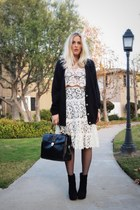 black Dolce Vita boots - dark gray HUE tights - beige Elsewhere Vintage skirt