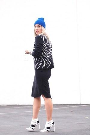 white Forever 21 socks - black thrifted sweater - black QSW skirt