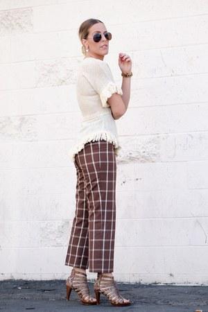 beige vintage top - brown vintage pants - brown Jeffrey Campbell heels