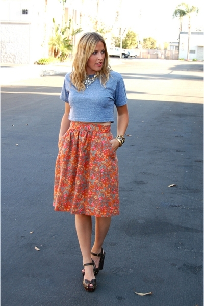 American ApparelApparel t-shirt - vintage skirt - Michael Kors shoes