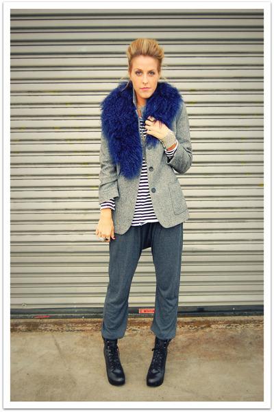 blue scarf - gray Zara blazer - black Quiksilver Women shirt - gray Gypsy 05 pan