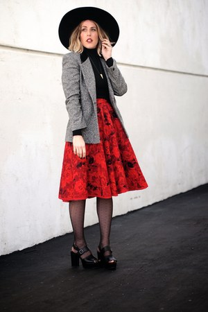 black Lack of color hat - ruby red vintage skirt
