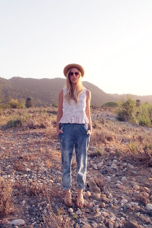 blue thrifted jeans - off white vintage hat - light orange H&M sunglasses - bubb