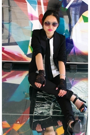 H&amp;M blazer - Michael Kors shoes - Club Monaco blouse - H&amp;M sunglasses - Hot Topi
