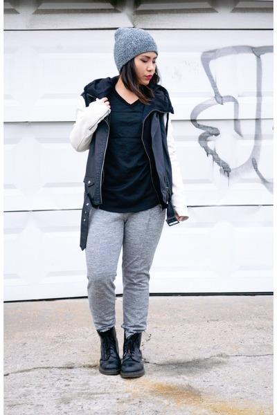 black leather Dr Martens boots - black leather Silence  Noise jacket