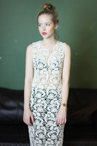Off-white-lace-the-whitepepper-dress