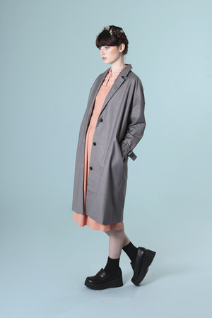 coral THE WHITEPEPPER dress - heather gray THE WHITEPEPPER coat