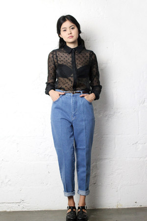 black sheer THE WHITEPEPPER shirt - mum jeans THE WHITEPEPPER jeans