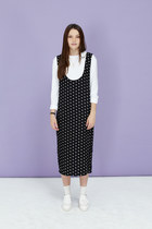 scoop neck THE WHITEPEPPER dress - brogue THE WHITEPEPPER flats
