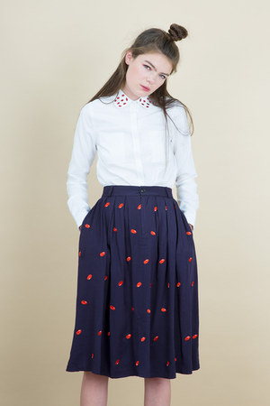 THE WHITEPEPPER skirt - THE WHITEPEPPER skirt - THE WHITEPEPPER shoes