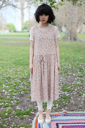 neutral floral dress THE WHITEPEPPER dress