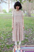 Neutral-the-whitepepper-dress