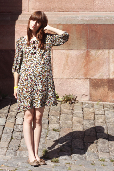 dark green floral H&M dress
