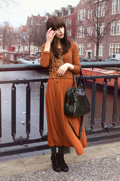 black InVito bag - burnt orange Monki dress - burnt orange Bershka sweater