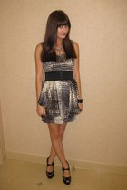 H&M blazer - black Nine West shoes - gray Forever 21 dress - black Mandee belt