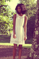 off white H&M dress - brown Clarks sandals