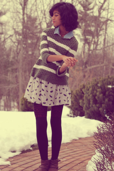 cream Forever 21 skirt - brown DSW boots - olive green moms sweater