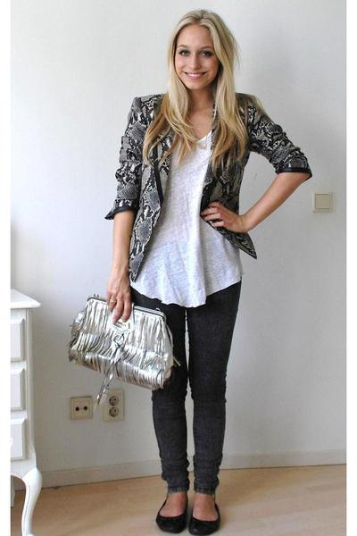 Zara blazer - Zara t-shirt - pieces jeans - Guess accessories - H&M shoes