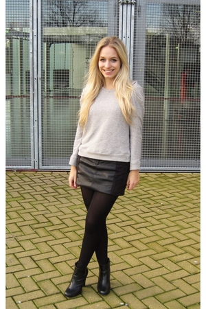 black H&M skirt - silver Zara sweater - black Wolfordord tights - blazer