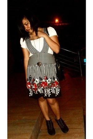 black Thrift Shop bag - white Thrift Shop blouse - black Thrift Shop jumper - br