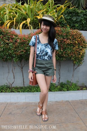 leather Forever 21 shorts - sm accessories hat - fringed sm accessories bag