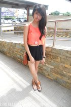 Primadonna top - SM bag - Forever 21 shorts - brown leather Nine West sandals